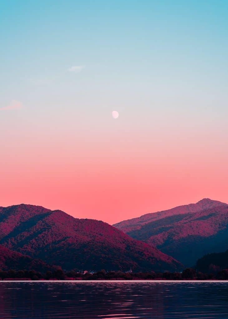 free stock photo of an autumn mountain scene