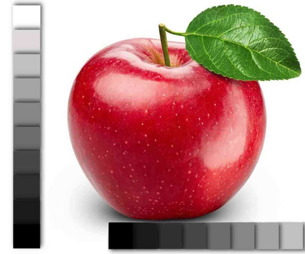 red apple with value scale